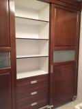 Fa bútor készítés - Fa tolóajtós szekrény