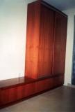 Fa bútor készítés - Cseresznye tolóajtós szekrény