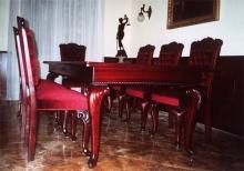 Fa bútor készítés - Diófából készült barokk stílusú tárgyalóasztal