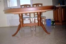 Egyedi konyhabútor gyártás - Bükk étkezőasztal