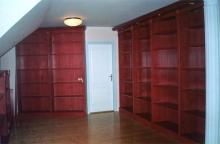 Könyvtár bútor - Könyvtárszoba cseresznyefából bíbor színre pácolva...